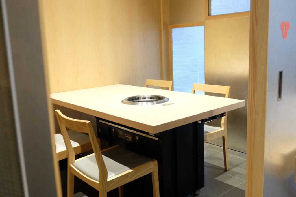 香水亭,六本木,焼肉,肉割烹,個室,東京